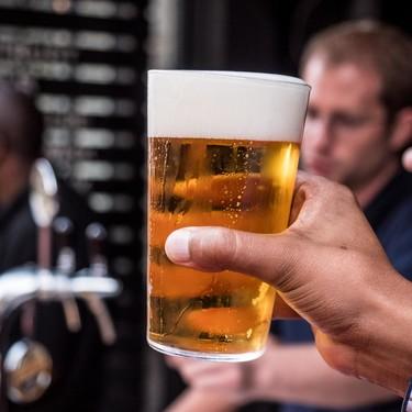 Recomiendan que los padres dejen de beber alcohol seis meses antes de la concepción para reducir riesgo de cardiopatías congénitas