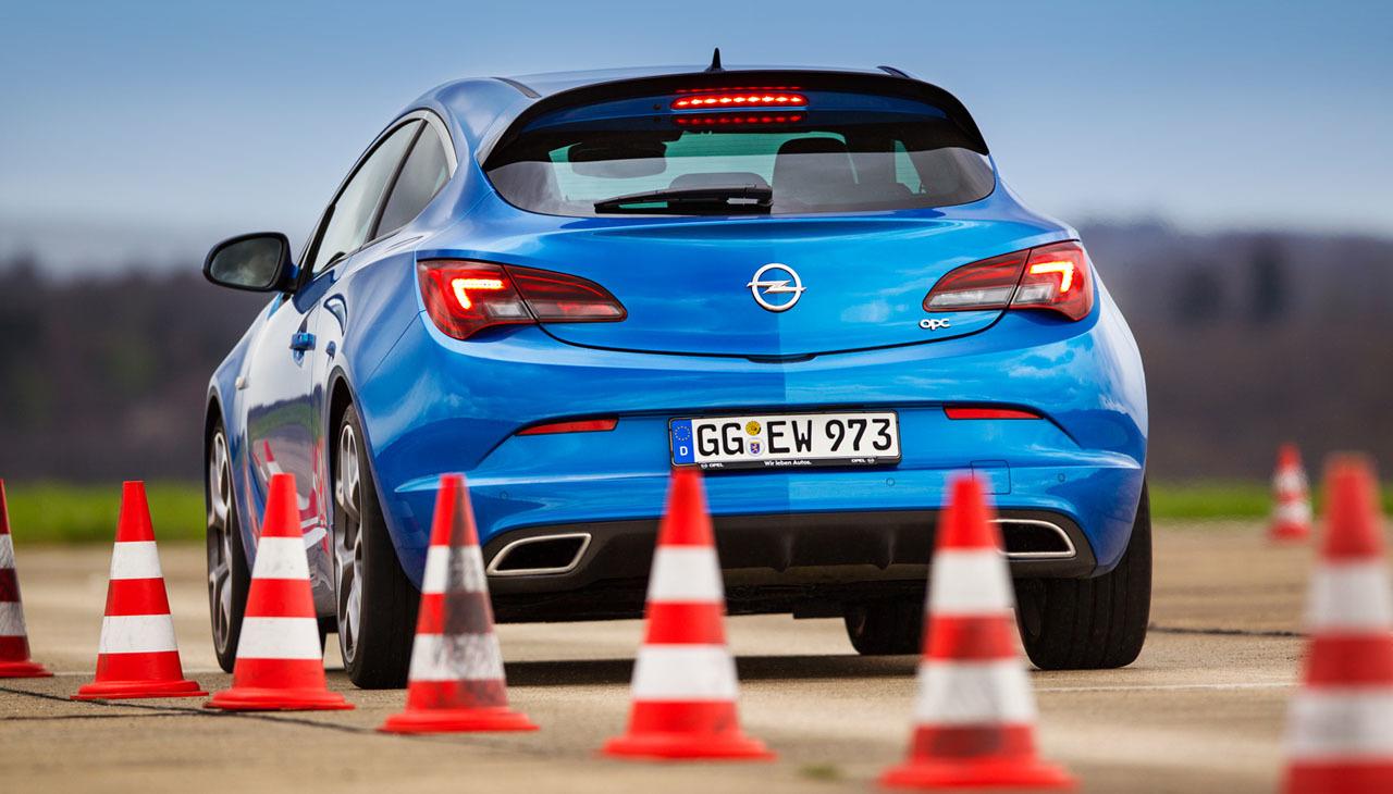 Foto de Opel Astra OPC (13/46)
