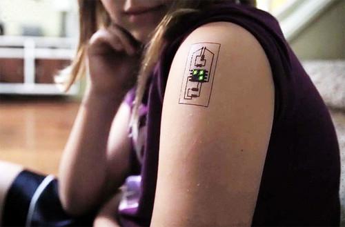 ¿Cambiarías tu pulsera cuantificadora por un tattoo? Ya hay quien cree que no es ninguna tontería