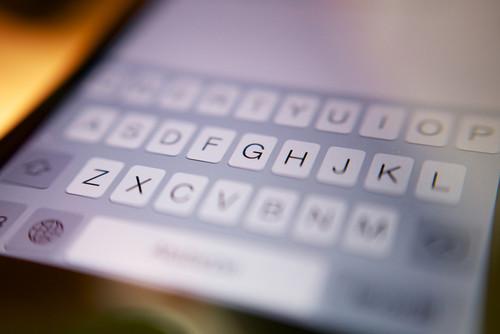 Cómo escribir más rápido en el iPhone: trucos y teclados de terceros