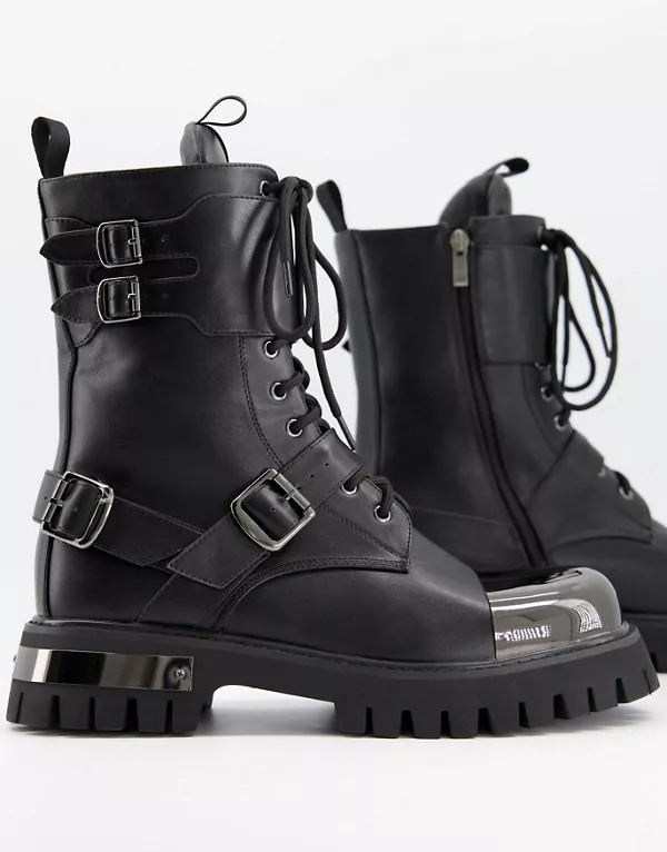 Botas gruesas de cuero vegano con puntera metalizada de Koi Footwear