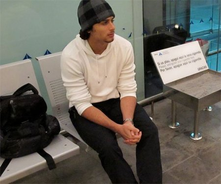 Jesús Luz se queda atrapado en el aeropuerto de Barcelona