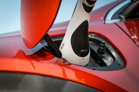 SUV híbridos enchufables aptos para Etiqueta CERde la DGT, por menos de 40.000 euros