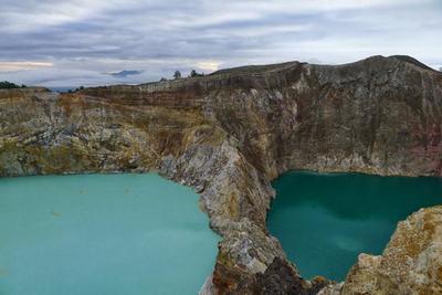 Kelimutu, el volcán con tres lagos que cambian de color. La maravillosa isla de Flores. Indonesia (II)