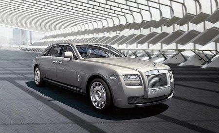 Rolls-Royce es optimista, cada vez hay más súper ricos