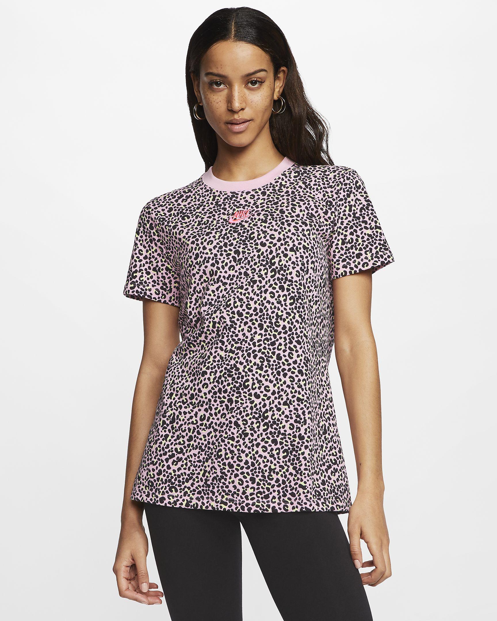 Camiseta con estampado animal