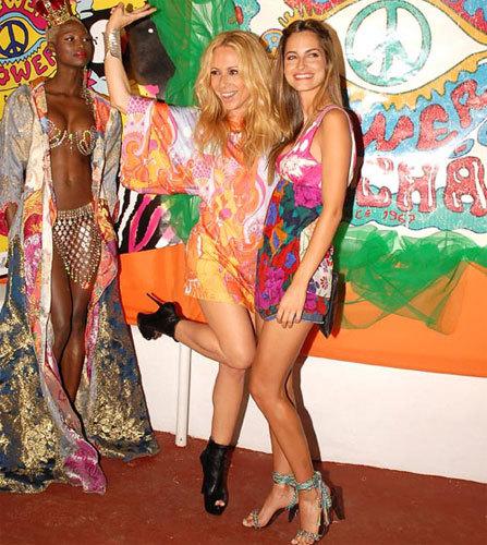 La fiesta Flower Power vuelve a reunir a los famosos en Ibiza