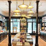 La editorial Taschen abre una librería de diseño en una antigua mercería de Madrid ¡Y no puede gustarnos más!