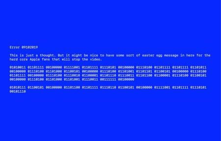 En el video oficial de la keynote Apple colocó un pantallazo azul, y esconde un mensaje oculto