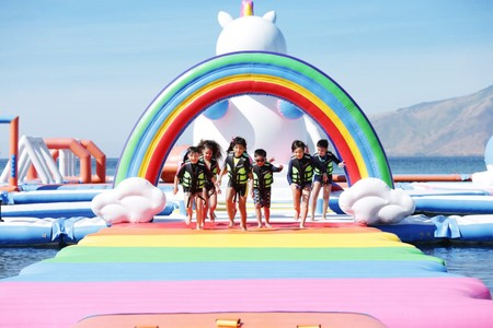 The Inflatable Island, el parque flotante más 'instagrameable' del mundo