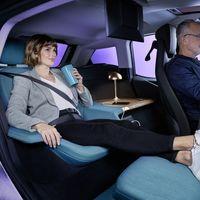 Más habitación de hotel y menos coche eléctrico: así podría ser el futuro del BMW i3