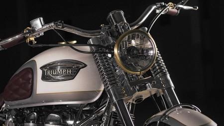 Custom Triumph Bonneville Front 2