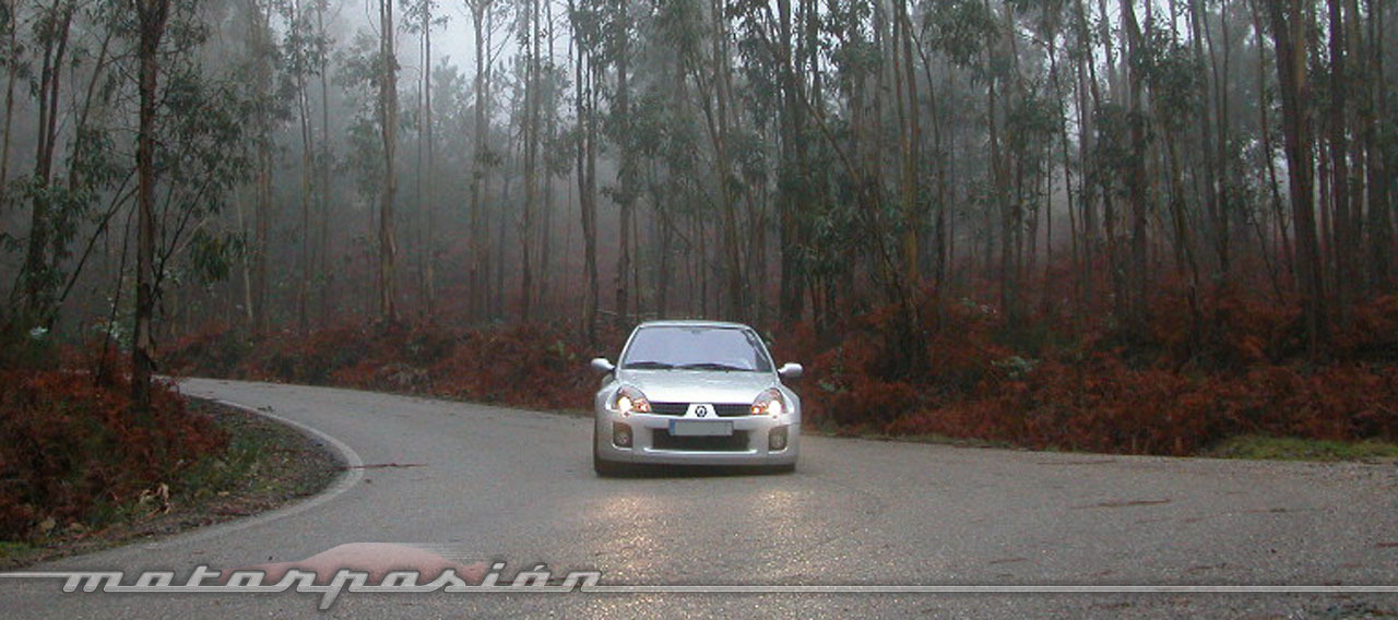 Foto de Renault Clio V6 (10/16)