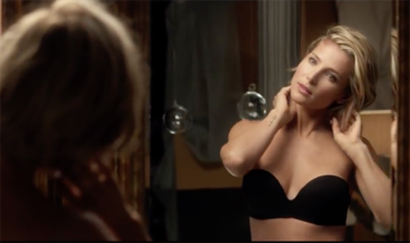 Elsa Pataky brilla (no solo por las lentejuelas) en el fashion film Dark Seduction de Women'Secret