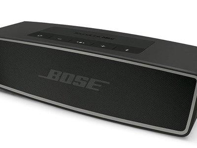 Por 180 euros te puedes hacer con un altavoz portátil de gama alta como el Bose Soundlink Mini II en Amazon