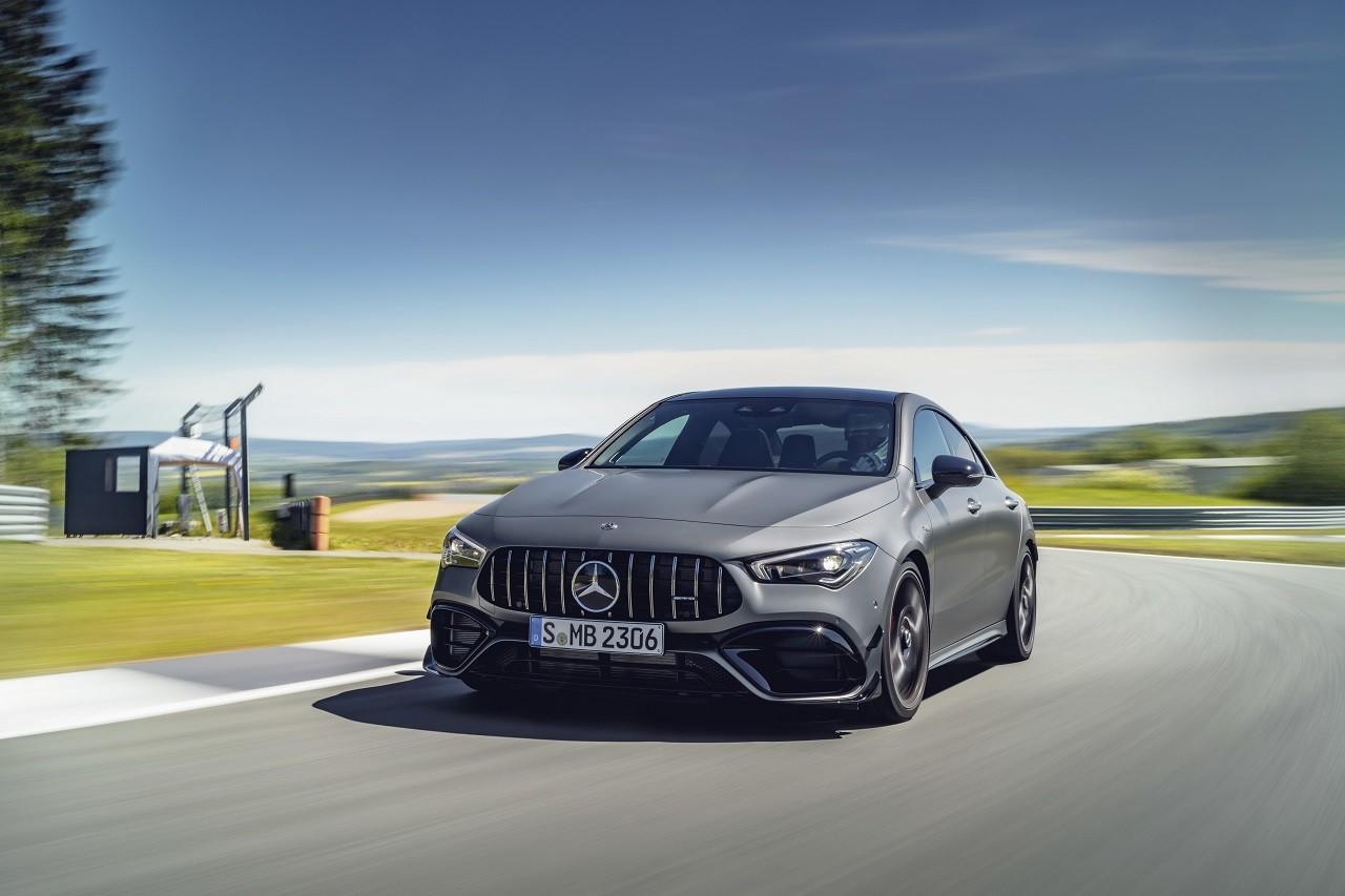Foto de Mercedes-AMG CLA 45 4Matic (10/38)