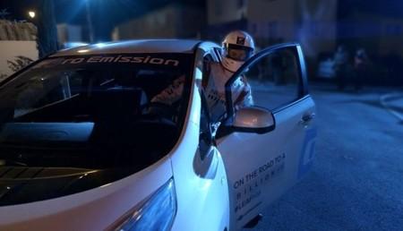 Nissan LEAF Silent night ride