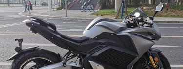 Urbet Nura: una nueva moto eléctrica española, sin carnet y que cuesta 8.500 euros