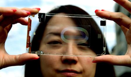 ¿Un smartphone transparente y con dos caras táctiles para finales de 2013?