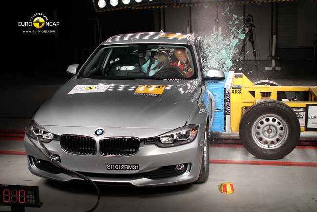 BMW impacto lateral