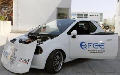 Crean en Puebla un vehículo impulsado por energía solar
