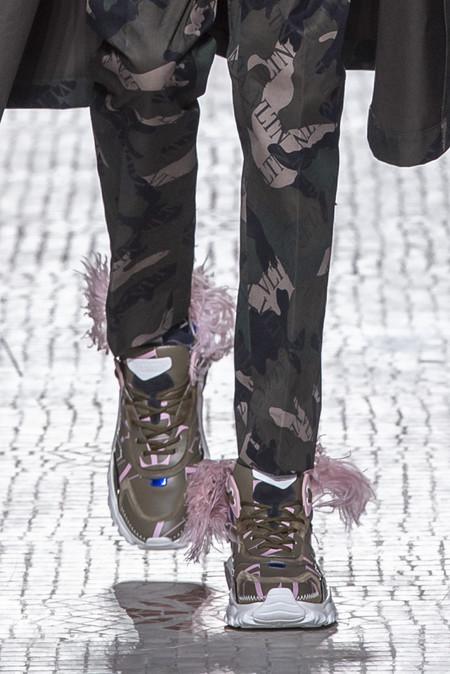 Valentino Actualiza Sus Sneakers En Pasarela Sumandoles 3