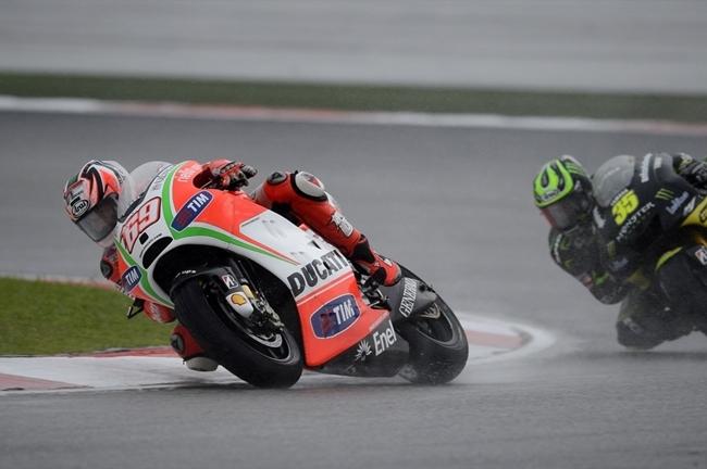 Agua en Malasia MotoGP