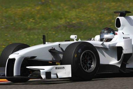Pedro de la Rosa se postula como nuevo probador de Pirelli