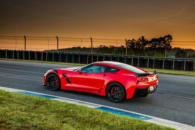 La conducción autónoma es para ir a la oficina: el próximo Corvette quiere que tú quemes sus llantas