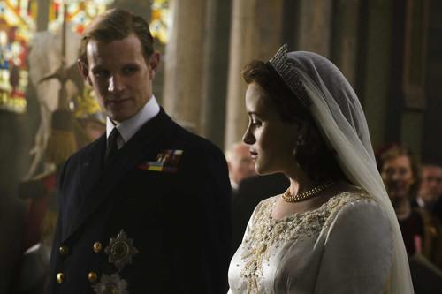 'The Crown' es una solvente biografía de la Reina de Inglaterra