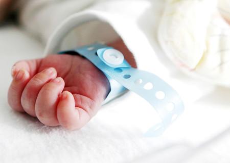 Más de veinte familias no pueden registrar a sus bebés nacidos en Ucrania mediante gestación subrogada