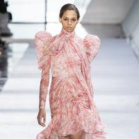 Lo mejor y peor del octavo día de la Semana de la Moda de París: Stella McCartney, Giambattista Valli, Sacai y Alexander McQueen
