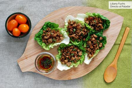 Tacos de cogollos de lechuga con cerdo picante: receta sin gluten baja en hidratos