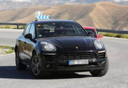 """Porsche Macan captada con """"poca ropa"""""""