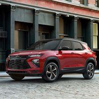 Dejar de fabricar coches ya le está costando a Ford y GM, no todos quieren SUV y ahora van con la competencia