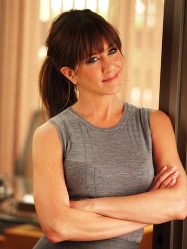 ¿Quién más acaba de recibir un anillo en su cumple? Jennifer... ¡Aniston!