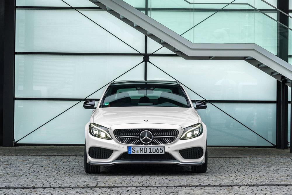 Foto de Mercedes-Benz C450 AMG 4Matic (13/24)