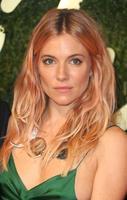Las celebrities sacan su lado más rosa (en el cabello)