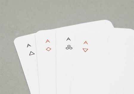 Iota es la baraja de poker minimalista
