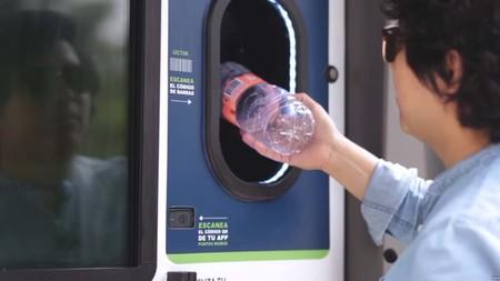 BioBox: el dispositivo con el que reciclar nos podría dar tiempo aire o tarjetas de Netflix, lo probamos en video