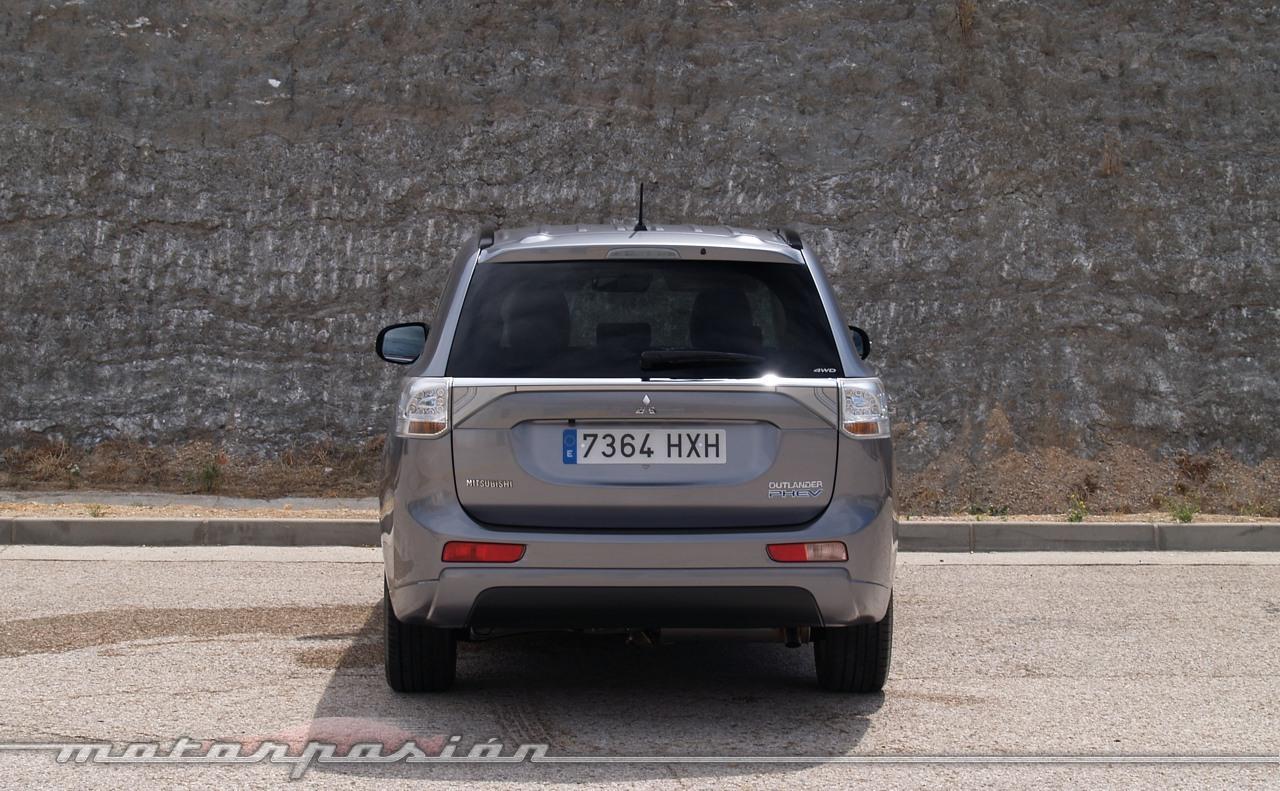 Mitsubishi Outlander PHEV (toma de contacto)