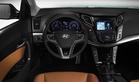 Hyundai I40 2015 Interior 03