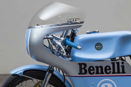 Benelli 250 Replica 2