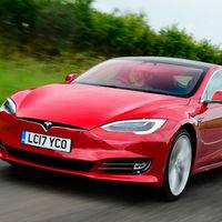 Objetivo: Porsche Taycan. Elon Musk pone al Tesla Model S camino de Nürburgring