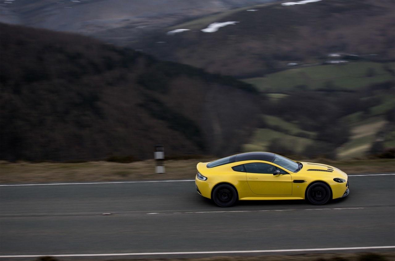 Foto de Aston Martin V12 Vantage S (13/34)