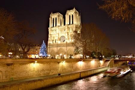 Mercadillo Navideno De Paris Notre Dame