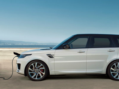 Range Rover Sport P400e: primer híbrido enchufable de la marca, con 404 CV y 51 km de autonomía eléctrica
