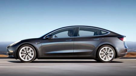 Tesla Model 3 Perfil