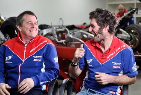 John Mcguinness Guy Martin Iomtt 2017 Honda