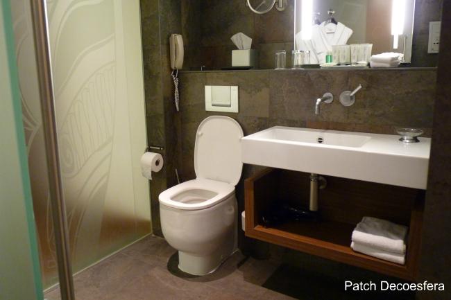 Baño del hotel Le Meridien Barcelona